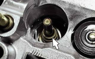 Как снять маслосъемные колпачки