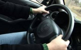 Почему руль тянет влево